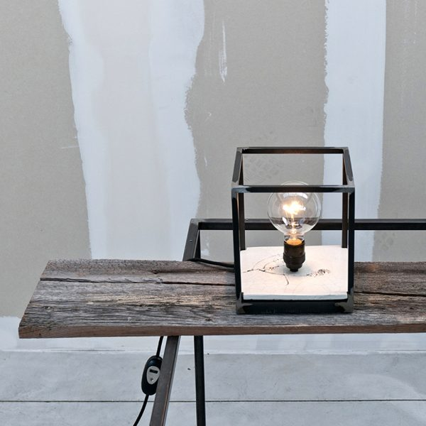 Lampada da tavolo Renzo Serafini mod. Fiore di Campo