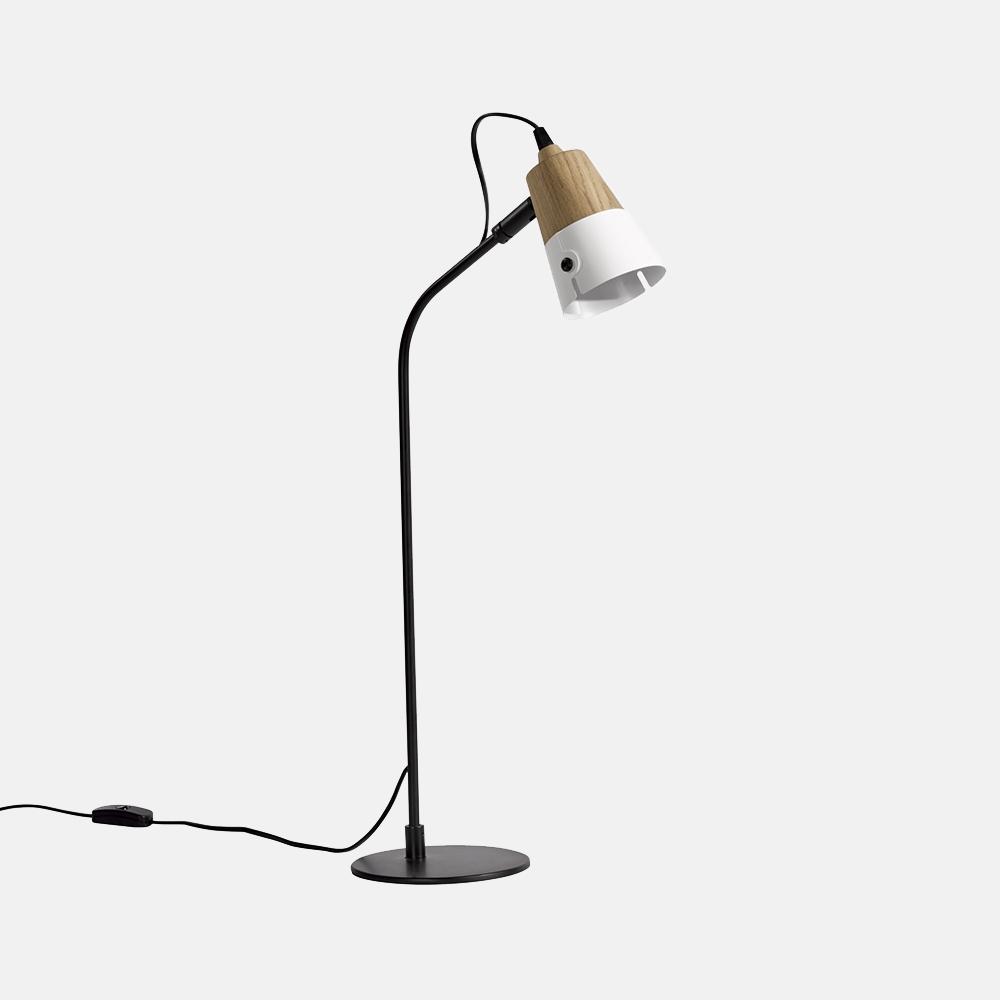 Lampada Da Tavolo Mod 559 : Lampada da tavolo mod cone lamp design alpino