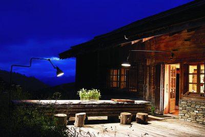 Come illuminare il tuo giardino: lampade da esterno