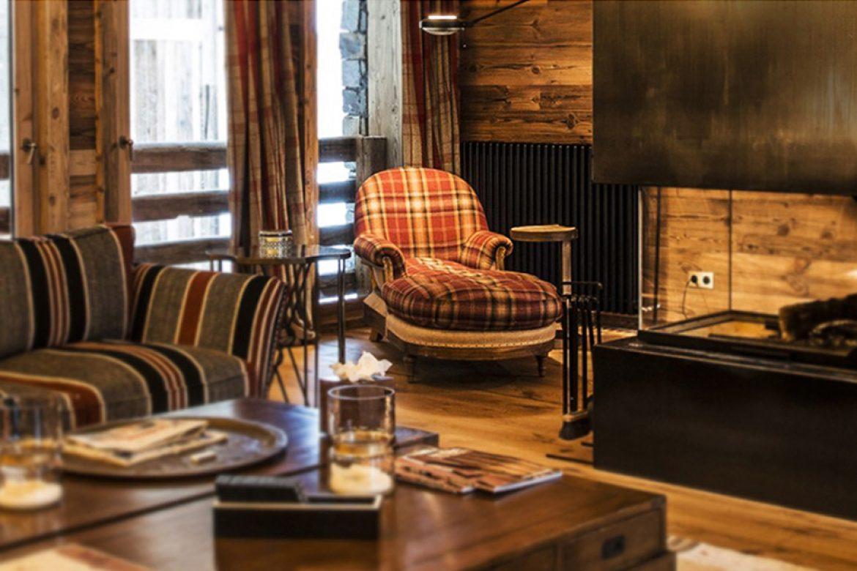 Divani e poltrone per la tua casa di montagna design alpino for Arredamento divani